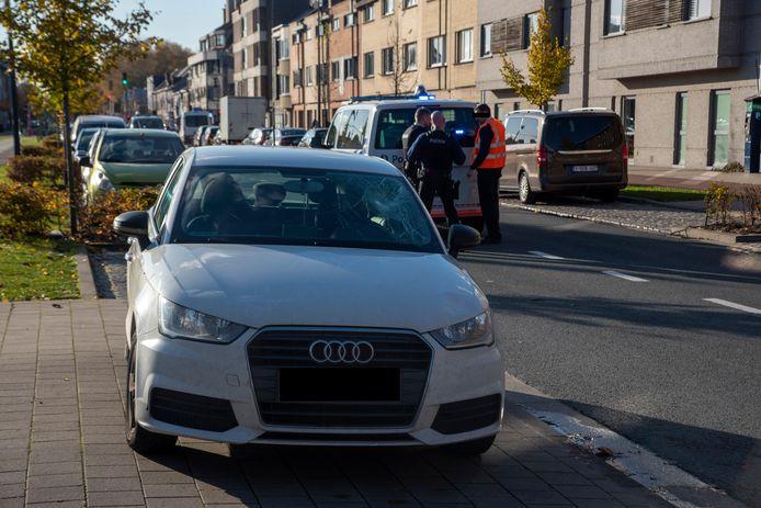 Een vrouw raakte zwaargewond bij een verkeersongeval op de De Pintelaan in Gent.