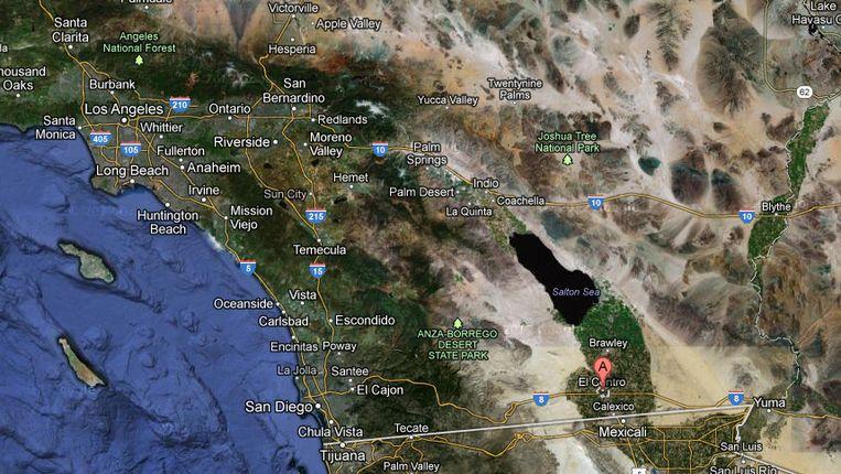 Een deel van Californië. Het epicentrum van de bevingen lag bij markering (A), tussen El Centro en de Salton Sea. Beeld Google Maps