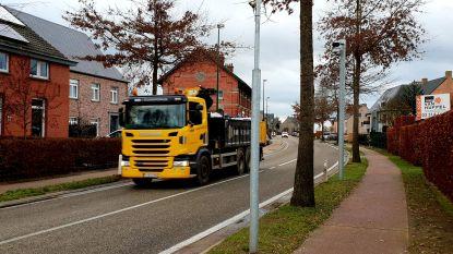 Camera's voor vrachtwagensluizen deels werkloos omdat goedkeuring van signalisatieplan vertraging oploopt
