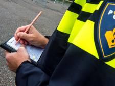 Politie int openstaande boetes in Noordoost-Twente