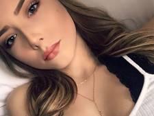 Schattige dochtertje rapper Eminem is nu een volwassen beauty