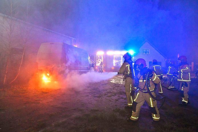 Busbrand in Dommelen.