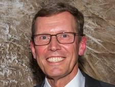 Orthopedisch chirurg Van Mourik uit Veldhoven Officier in de Orde van Oranje-Nassau