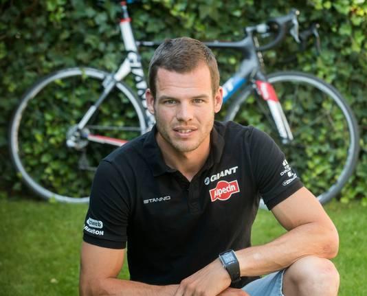 Tom Veelers stopte eind vorig jaar met wielrennen en is nu ploegleider.