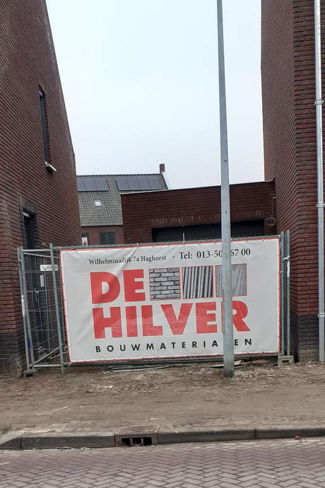 Meten is weten, maar niet in Moergestel: lantaarnpaal verspert garage in nieuwbouwwijk