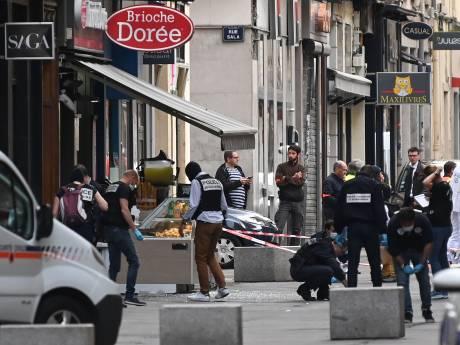 Un colis piégé fait treize blessés légers à Lyon, un suspect recherché