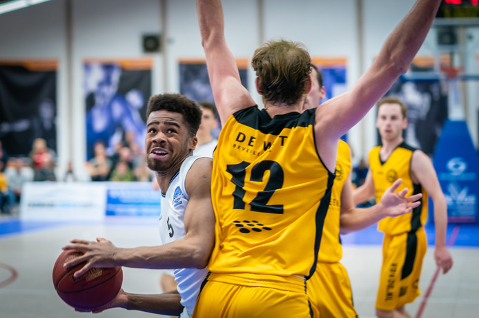 Archiefbeeld: Basketbal Dolphins - Grasshoppers