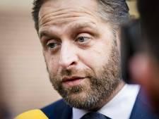 Kabinet bekijkt rol Nederland in hoofdenhandel