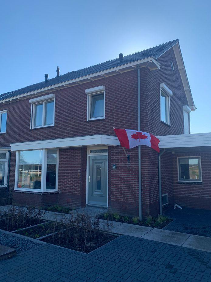 De Canadese vlag in Etten