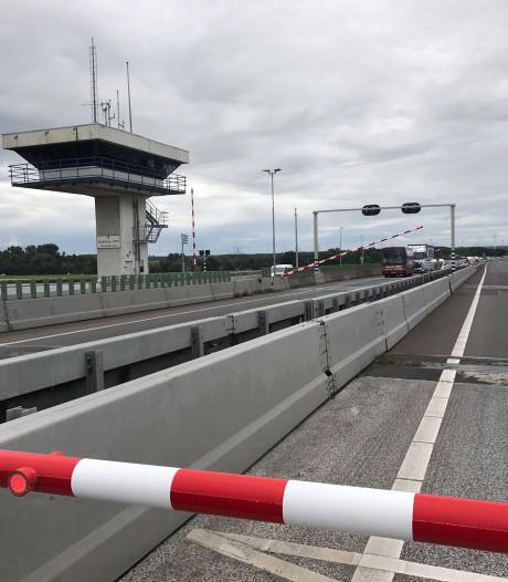 Bevalling automobiliste begint in file op A6 voor Ketelbrug