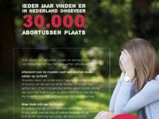 Anti-abortusfolder in de bus bij iedere Nederlander
