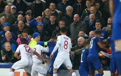 Everton geeft fan levenslang stadionverbod