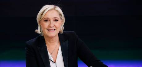Le Pen stopt als leider van de partij