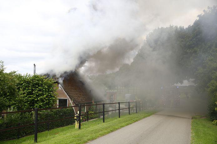 Brand in een woonboerderij bij Veessen