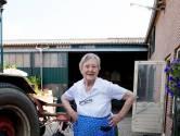 Aaltje koestert haar 'hokske' in Zoelen