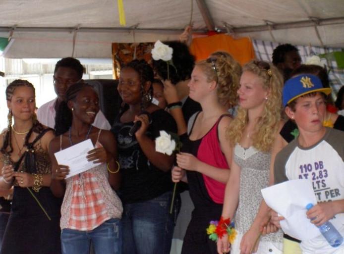 Vmbo 39 ers bezoeken multicultureel suriname arnhem for Vmbo t venster arnhem