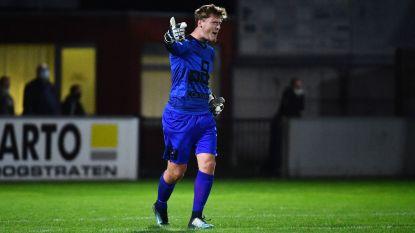 """Stef Rombouts maakt officieel debuut in doel Zwarte Leeuw: """"Heel leuk dat trainer me vertrouwen gaf"""""""