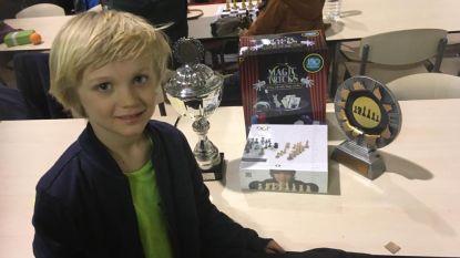 Arne (7) is beste Vlaamse schaker van zijn leeftijd