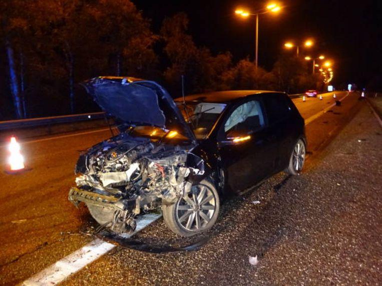 Door het ongeval was even één rijstrook versperd