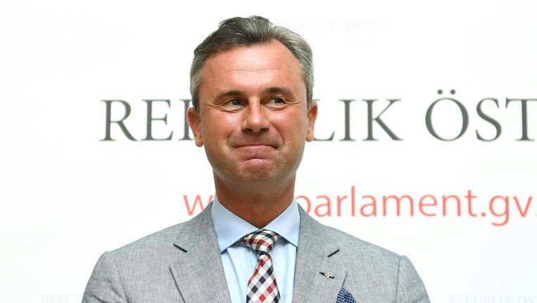 Norbert Hofer van de rechts-populistische FPÖ zei een paar dagen geleden voorstander te zijn van een referendum over EU-lidmaatschap. Beeld afp
