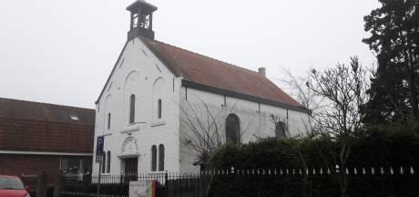 Klokgelui verstomt in Sluiskil en Philippine, Protestantse gemeente zet kerkgebouwen in de verkoop