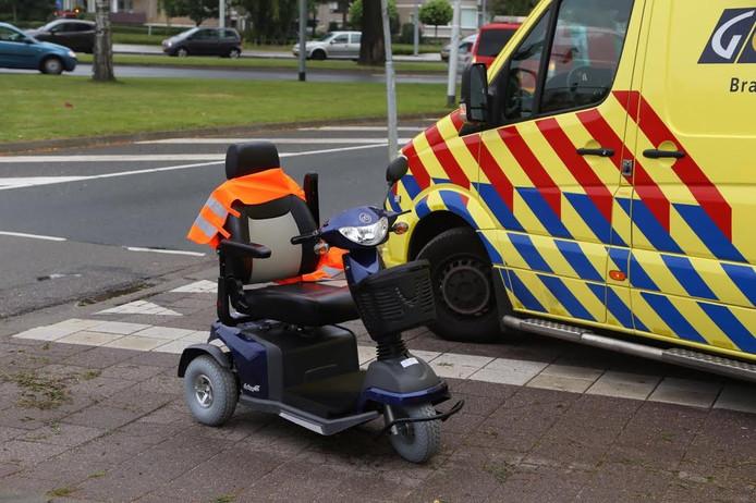 De vrouw op de scootmobiel raakte gewond