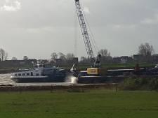 Verontruste inwoners komen in actie tegen stort granuliet in Over de Maas