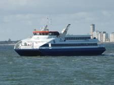 En wéér pech voor fietsvoetveer Vlissingen/Breskens: veerboot dagen uit de vaart door koelvloeistoflek