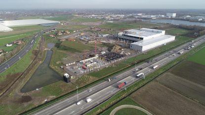"""Straat nieuwe Renson-site in Kruisem genoemd naar stichter Polydore Renson: """"We investeren 75 miljoen euro en zetten hier 250 mensen aan het werk"""""""