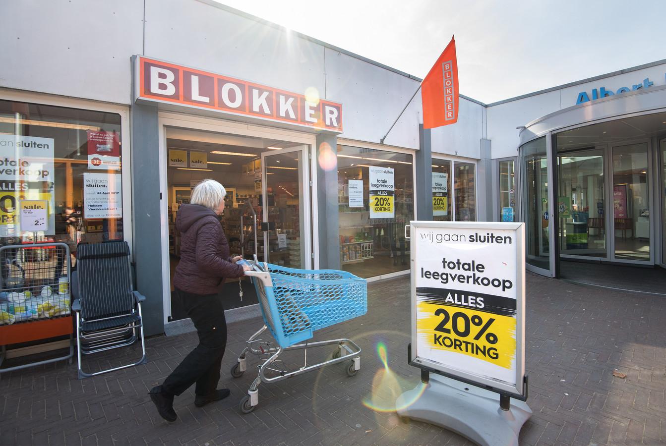Blokker in Gendt sluit.