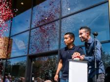 Van Bronckhorst en Van Persie openen 'Nieuw Varkenoord'
