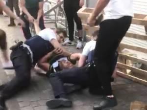 """Des agents victimes de violences à Anderlecht, le SLFP Police partage les images: """"Cela ne peut pas continuer"""""""