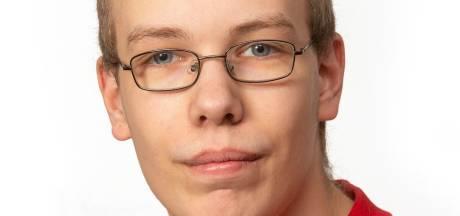 Jongste commissielid (18): 'Dit is anders dan Jongerenraad, nu is het voor het echie'