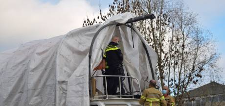 Inbreker met behulp van hoogwerker van boot gehaald in Doetinchem