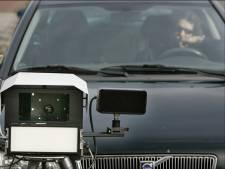 Buurtbewoners vragen politie te controleren op Dreefseweg in Kaatsheuvel: bestuurder gespot die 102 rijdt waar 50 is toegestaan