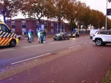 Auto raakt total loss bij aanrijding op Euregioweg in Enschede