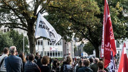 Zowat 300 actievoerders protesteren in Gent tegen opsluiting van kinderen