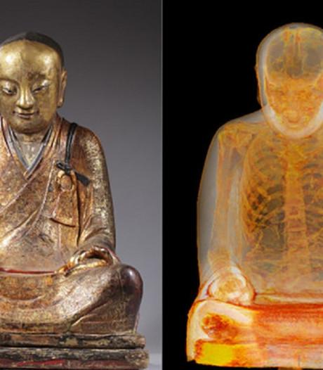 Rechter haalt streep door zaak om macaber duizendjarig Boeddhabeeld