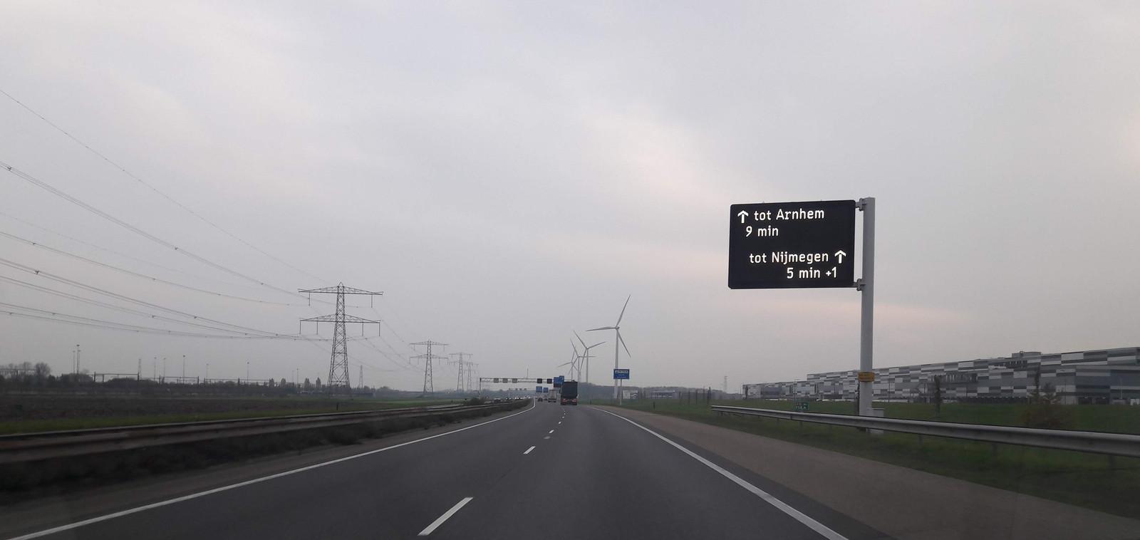 De A15 tussen Knooppunt Valburg en aansluiting Elst. Het was er vorig jaar iets minder druk dan in 2018, terwijl dit gedeelte in 2022 verbreed wordt.