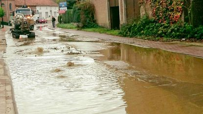 Waterlek veroorzaakt verkeershinder