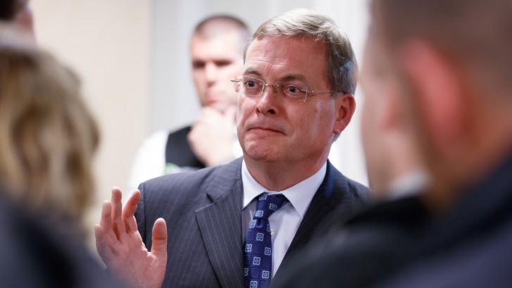 Ontslag burgemeester Huisman: in de tweede kamer willen ze nu ook weten hoe het zit