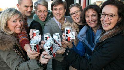 Unizo deelt Vedett-biertjes uit voor Dag van de Ondernemer
