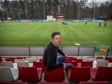 PSV-opleider Riemersma  in beeld bij Willem II