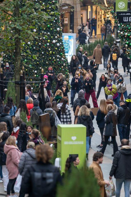 Oproep: kom niet naar het centrum van Rotterdam, het is er te druk vanwege Black Friday