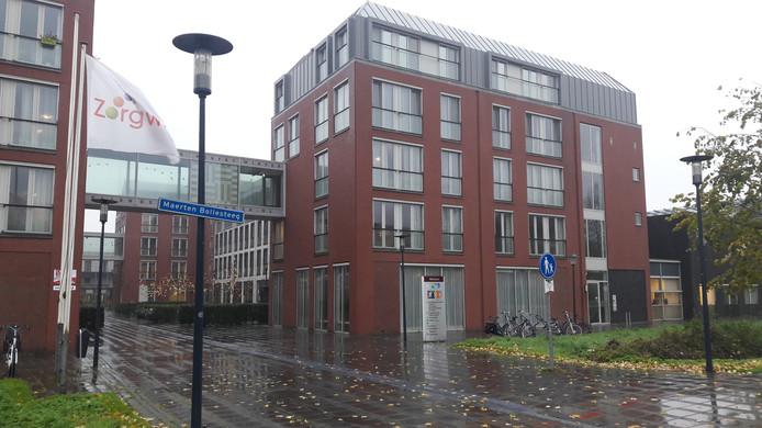 De 21-jarige Rotterdammer werkte als verzorgende bij 't Huys te Hoecke.