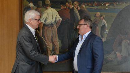 Dirk Willem legt eed af als burgemeester