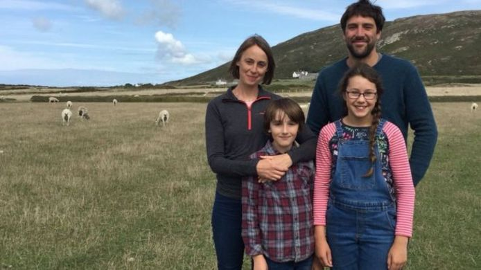 De familie Scharer: vader Ned, moeder Sophie, zoon Sam (10) en dochter Rowan (12).