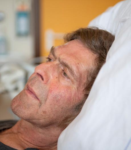 Gevaarlijk tekenvirus maakt hovenier Frits Kroon uit Delden doodziek