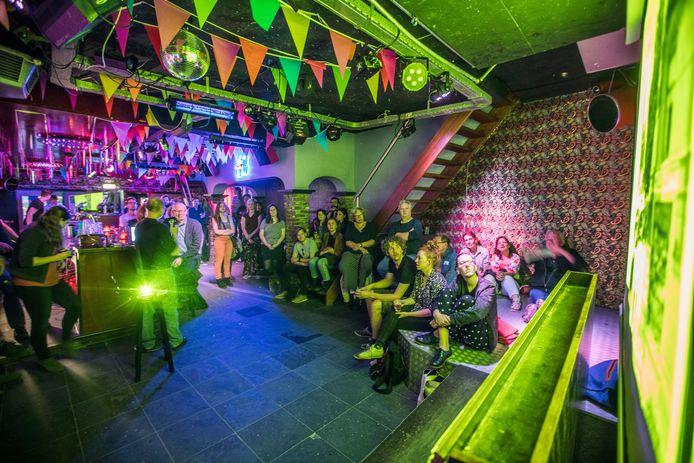 Café Sands in Eindhoven, aanleiding voor een ruzie tussen burgemeester Jorritsma en de LPF-fractie in de gemeenteraad.