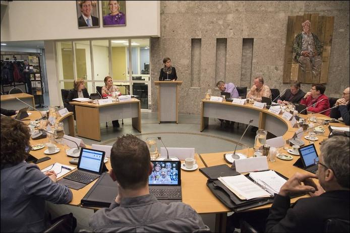 De raad van Sint Anthonis bijeen voor een vergadering.